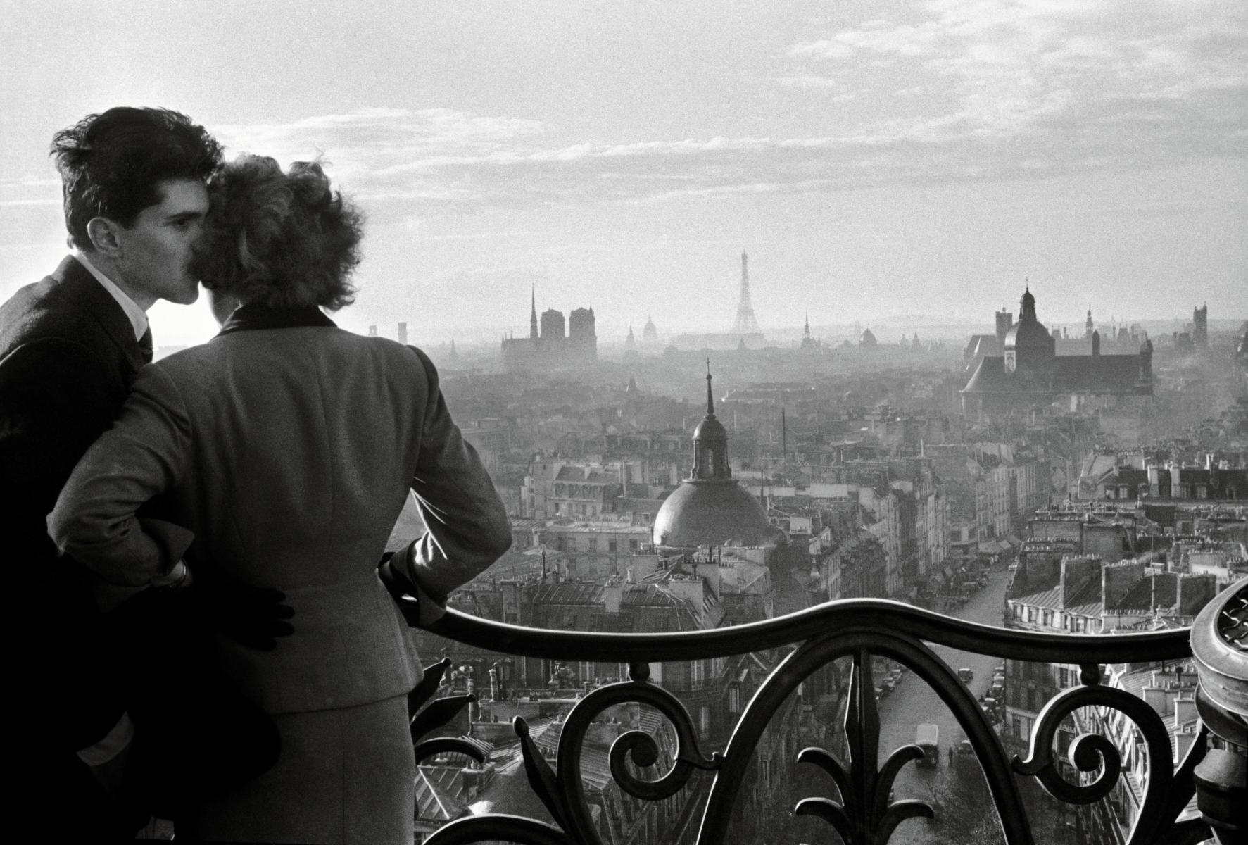 Museoteca Les Amoureux De La Bastille Paris 1957